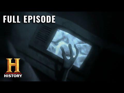UFO Hunters: Top Secret Underwater Alien Base (S3, E8) | Full Episode | History