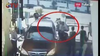 Video Aksi Teroris dengan Pola Keluarga di Surabaya Terdoktrin Kuat Aliran Radikalisme - BIM 15/05 MP3, 3GP, MP4, WEBM, AVI, FLV Januari 2019