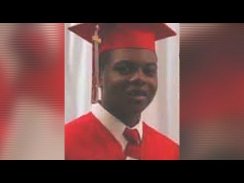 """Journalist on Shooting of Laquan McDonald By Chicago Police Officer: """"It Was An Horrific Execution"""""""