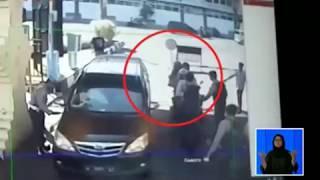 Video Detik-detik Terjadinya Ledakan Bom di Mapolrestabes Surabaya - BIS 14/05 MP3, 3GP, MP4, WEBM, AVI, FLV Mei 2018