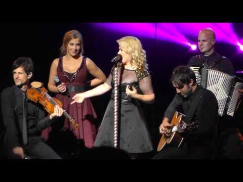 Kelly Clarkson Sept 5, 2013: 7 – Don't You Wanna Stay – SPAC, Saratoga Springs, NY