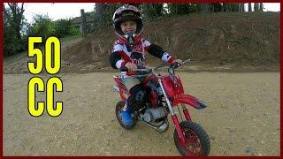 6. Mini Moto a Gasolina de Trilha ou Moto Cross Piloto de 4 Anos