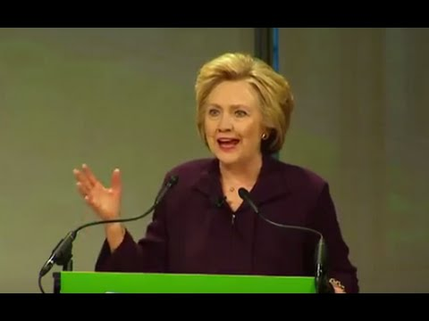 Clinton Says Men & Woman's US Soccer Teams Deserve Equal Pay