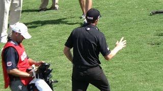 Jimmy Walker's one-handed chip shot at the TOUR Championship by PGA TOUR