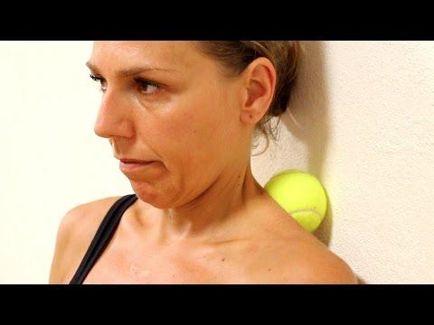 stop al dolore cervicale in 6 minuti: come massaggiarsi da soli il collo