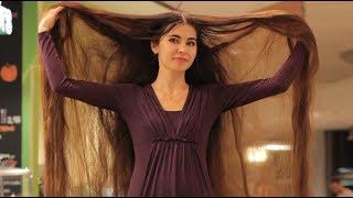 """بالفيديو.. """"رابونزل"""" حقيقية فى لاتفيا.. شعرها يتخطى 2.28 متر ويزن 2 كيلو جرام"""