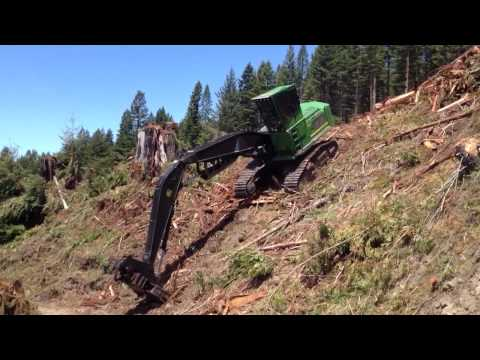 New Cat CT660 - Worlds first Redwood Log loaded onto the CT660