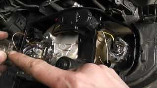 Ford   Ford Focus  Headlight Bulb Change  2005