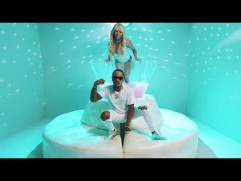 Priddy Ugly ft. Nadia Nakai - UH HUH (Official Music Video)