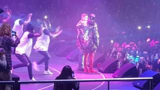 Justin Bieber ft. J. Balvin Sorry Remix (Live) full download video download mp3 download music download