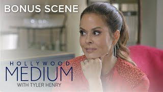 Video Tyler Connects to Brooke Burke-Charvet's Biological Father | Hollywood Medium With Tyler Henry | E! MP3, 3GP, MP4, WEBM, AVI, FLV Juni 2018