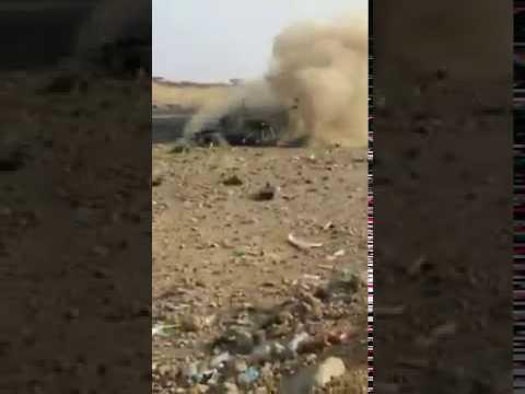 #فيديو : #شاهد مفحط يطير في الهواء بعد  انقلاب سيارته +18