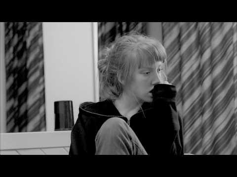 Tekst piosenki The xx - VCR po polsku