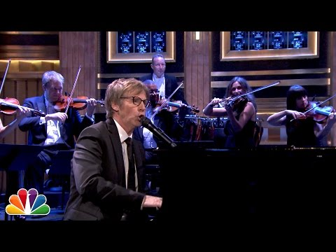 Dana Carvey Performs Choppin Broccoli with Orchestra