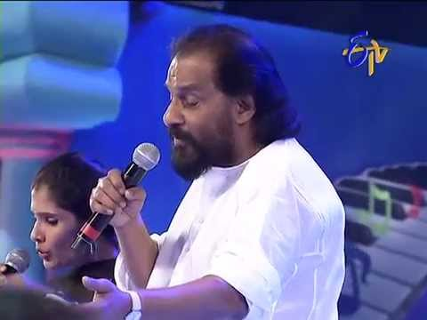 K.J Yesudas  Anuradha Sriram Performance - Lalitha Priya Kamalam Song - 27th July 2014 28 July 2014 05 PM