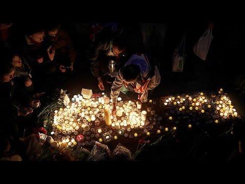 Λονδίνο: Περίσσεψε η συγκίνηση στην τελετή για τα θύματα της επίθεσης
