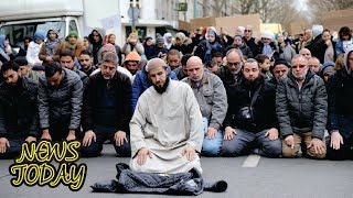 Video Masjid Ditutup, Ratusan Muslim Paris Shalat Jumat di Jalanan MP3, 3GP, MP4, WEBM, AVI, FLV November 2017