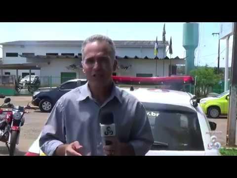 SUSTO NA TV: Repórter da Globo é atingido por viatura da PM ao vivo