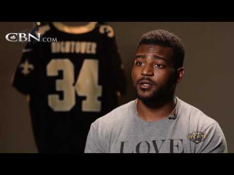 NFL Running Back Achieves Career Comeback With a Pure Heart – cbn.com