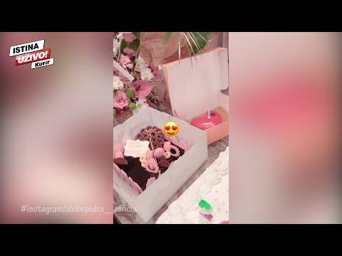 Anabelu ostavio muž, Prijovićka proslavila rođendan