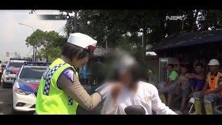 Video Kocak!!! Polisi Tertawa Mendengar Alasan-alasan Pengendara ini Saat Ditilang - 86 MP3, 3GP, MP4, WEBM, AVI, FLV Februari 2018