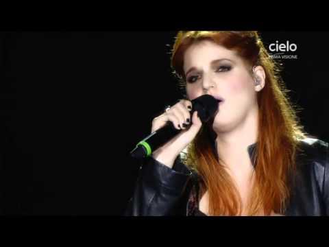, title : 'Chiara (Galiazzo) & Francesca Michielin live XF7'