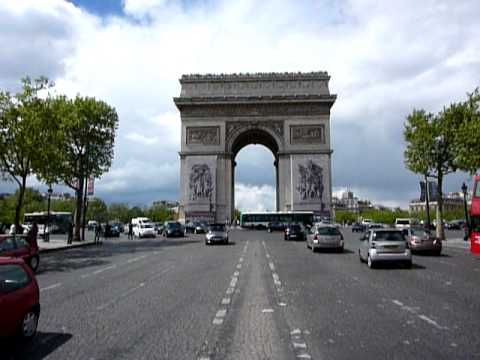 Arc de Triomphe Rue de Champs Elysees in Parijs Frankrijk. Paris France.