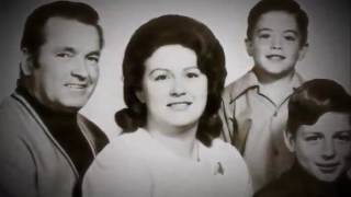Video Witness To Waco - MSNBC Documentary 2009 Cult David Koresh Branch Davidians (Rick Ross) MP3, 3GP, MP4, WEBM, AVI, FLV September 2018