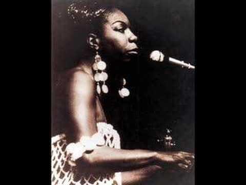 Tekst piosenki Nina Simone - Sunday In Savannah po polsku