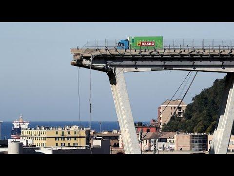 Εισαγγελικήα έρευνα σε βάρος 20 προσώπων για τη γέφυρα της Γένοβας…