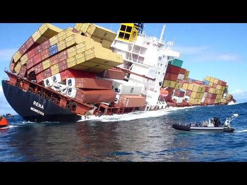 அதி பயங்கரமான கப்பல் விபத்துக்கள் அதிர்ச்சி காணொளி !!!   Accidentes de Barcos más Comunes