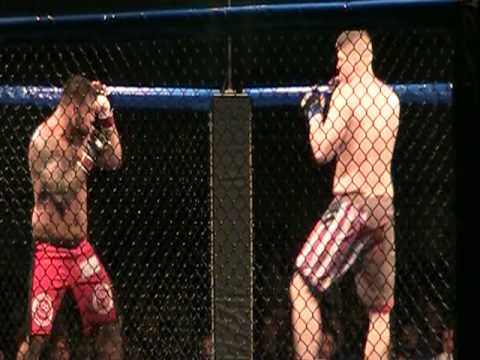 Christian Morecraft Vs Josh Diekman at CFX 6 Nov 14 2009