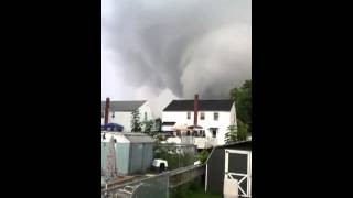 Bellmawr (NJ) United States  City pictures : Tornado video from Bellmawr,NJ yesterday