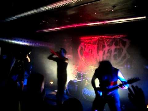Carnifex – My Heart In Atrophy Live Montreal 14-04-2011