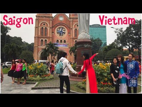 Sights & Sounds of Saigon – Tet Vietnamese New Year 💐🐓D1 Tour: Times Square, Notre Dame, Skydeck