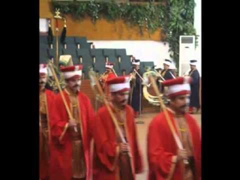 concert de musique militaire médiévale en costume de Janissaires