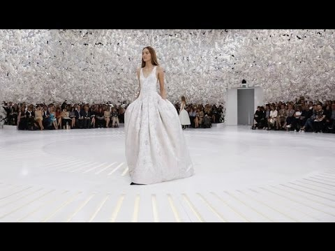 couture - Christian Dior | Haute Couture Fall Winter 2014/2015 by Raf Simons | Full Fashion Show in High Definition. (Widescreen - Exclusive Video)