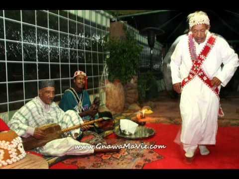 "GnawaMaVie & Lila avec Maâlem  Abdellatif El makhzoumi     ""  Ya Baniya  """