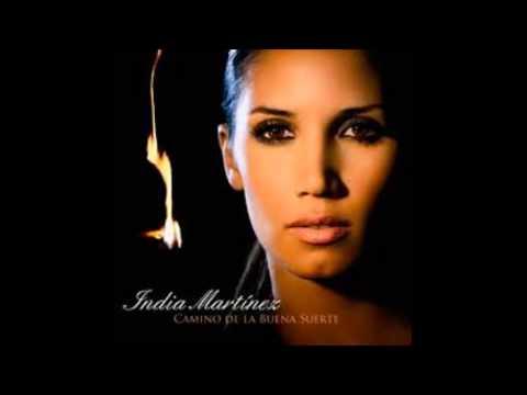 Tekst piosenki India Martínez - Quizás po polsku