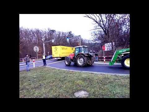 Wideo1: Rolnicy protestujący w okolicach Kościana