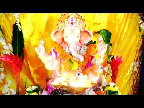 popular - Watch popular faces of telly town Tina Dutta , Shweta Tiwari and Kavita Kaushik performing aarti for lord ganesha .To know more check out the video. Don't forget to comment, share this video...