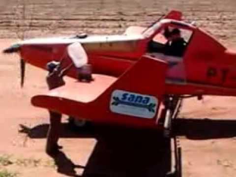 pulverização de avião na faz louis dreyfus commodit em alvinlândia