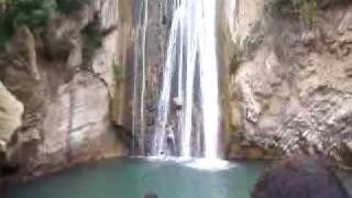 Video un camicase au cascade de bejaia MP3, 3GP, MP4, WEBM, AVI, FLV Desember 2018