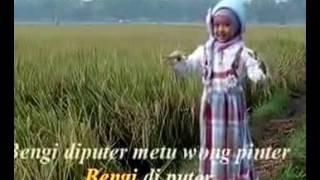 "Video MILA ""Padang Bulan"" MP3, 3GP, MP4, WEBM, AVI, FLV Agustus 2018"