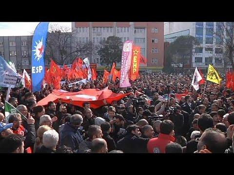 Turquie : des milliers d'ouvriers de la métallurgie en grève
