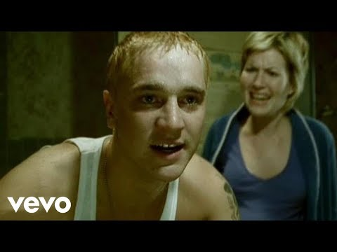 Eminem - Stan (Long Version) ft. Dido:  Music video by Eminem performing Stan. YouTube view counts pre-VEVO: 3,965,564. (C) 2002 Aftermath Entertainment/Interscope Records