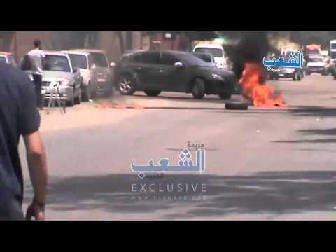 لحظة إغلاق شارع السودان