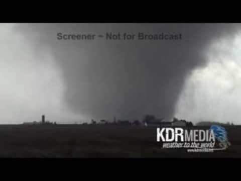 11-17-13 Adam Lucio Roanoke, IL Tornado
