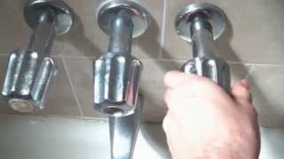Video How To Fix A Leaking Bathtub Faucet Quick And Easy MP3, 3GP, MP4, WEBM, AVI, FLV Agustus 2019