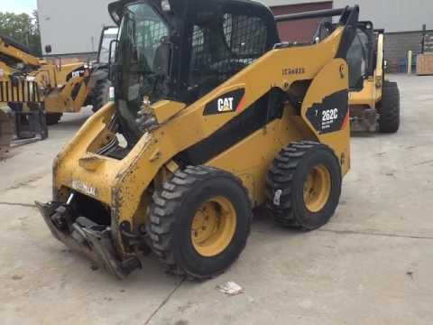 CATERPILLAR SKID STEER LOADERS 262CXPS2CA equipment video gOysRIKhHnA